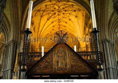 the-site-of-st-swithuns-tomb-in-winchester-cathedral-uk-ah0par
